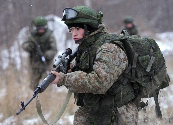 Военная служба по контракту на должностях сержантов и солдат