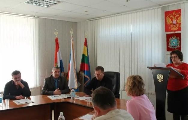 Продолжаются встречи регионального министерства труда с работодателями и гражданами области