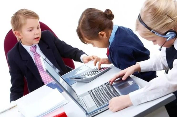 Как выбрать работу для подростка, которая не навредит
