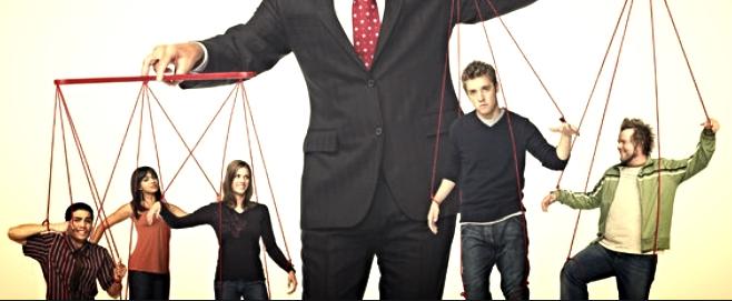 Как распознать сотрудника-манипулятора и стоит ли оставлять его на работе