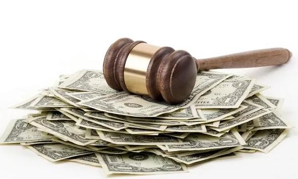 Вправе ли работодатель производить удержания из заработной платы по копии исполнительного документа?