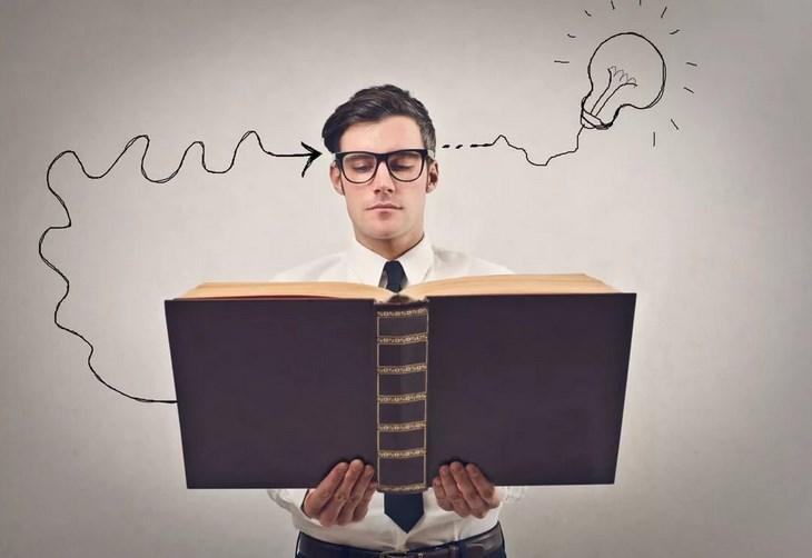 Замминистра Любовь Ельцова: Справочник профессий поможет молодым людям сделать выбор