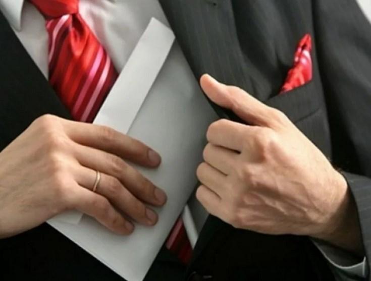 Права работников, уведомивших работодателя или органы прокуратуры о коррупционных правонарушениях, будут защищены