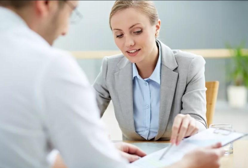 Центр занятости проводит консультации