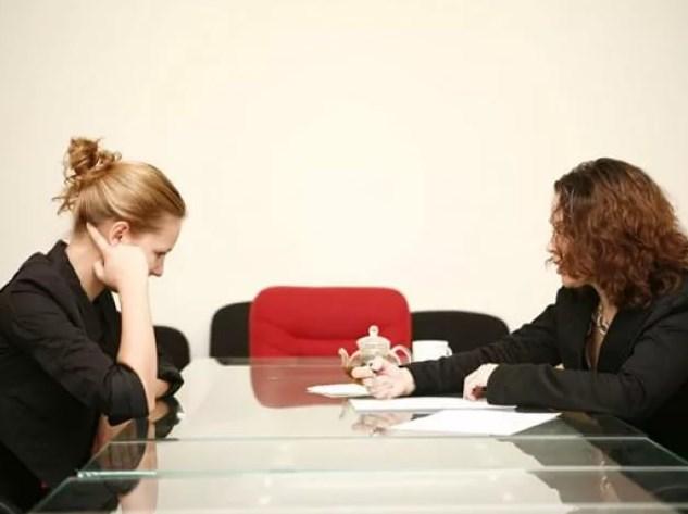 Как вежливо уволить сотрудника и не потерять свое лицо?
