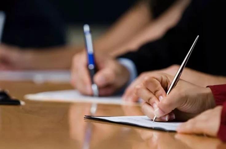 Минтруд России подготовил предложения по снижению дифференциации в оплате труда руководителей и работников ряда ФГУ и ФГУП