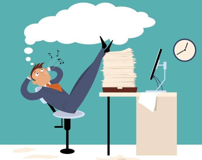 Прокрастинация. Что стоит за этим термином, как с ней бороться сотрудникам и руководителям