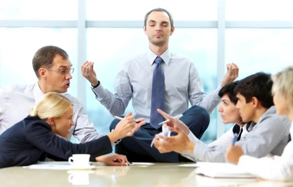 Как стать лучшим на работе? Научитесь общаться с трудными клиентами!