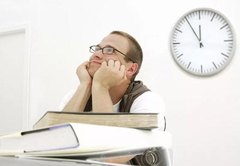 Что делать, когда не хочется работать: как победить прокрастинацию